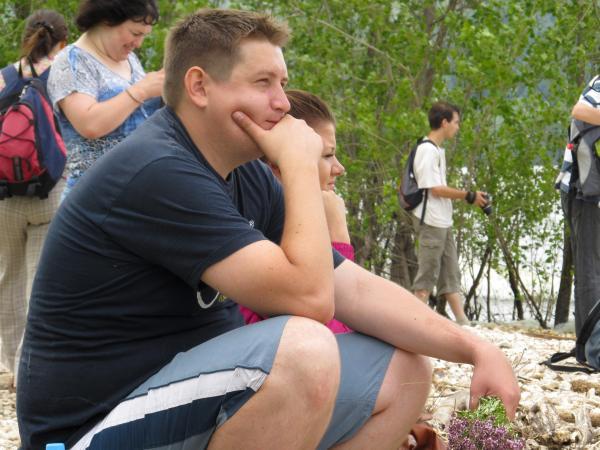 Дмитрий Савчук (cамарский блогер Сава Морозов) любуется на прибой