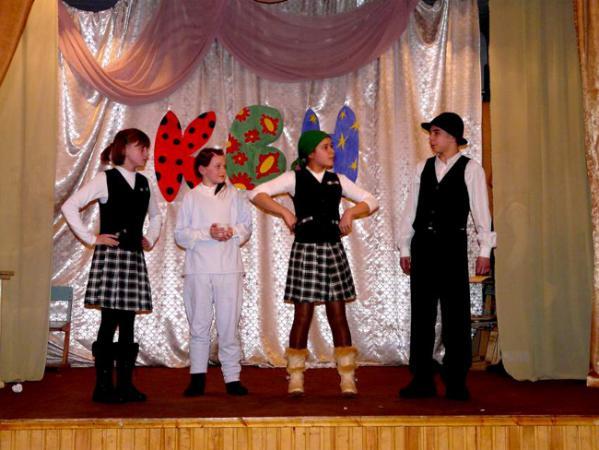Выступление команды школы с.Сосновый Солонец