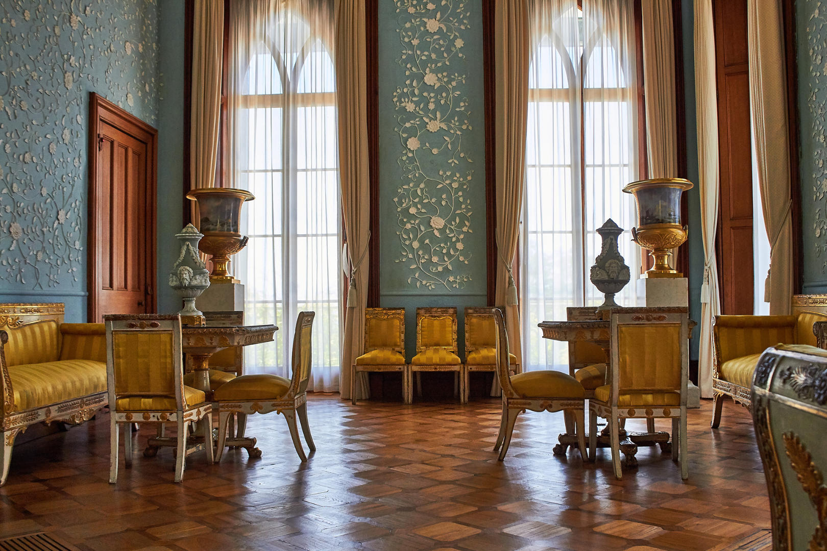 Воронцовский дворец голубая комната фото